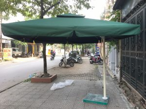 Lựa chọn ô dù giá rẻ cho quán cà phê