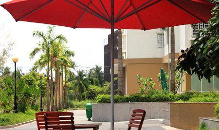 Những kiểu ô dù quán café hót nhất trên thị trường hiện nay